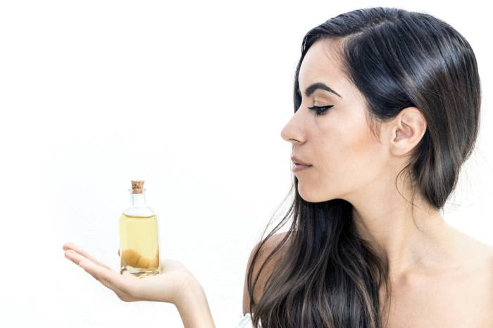 The Benefits Of Castor Oil For The Face