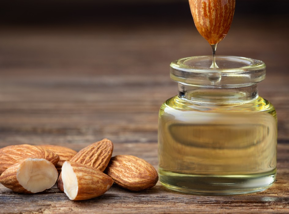 Benefits Of Almond Oil For The Hands